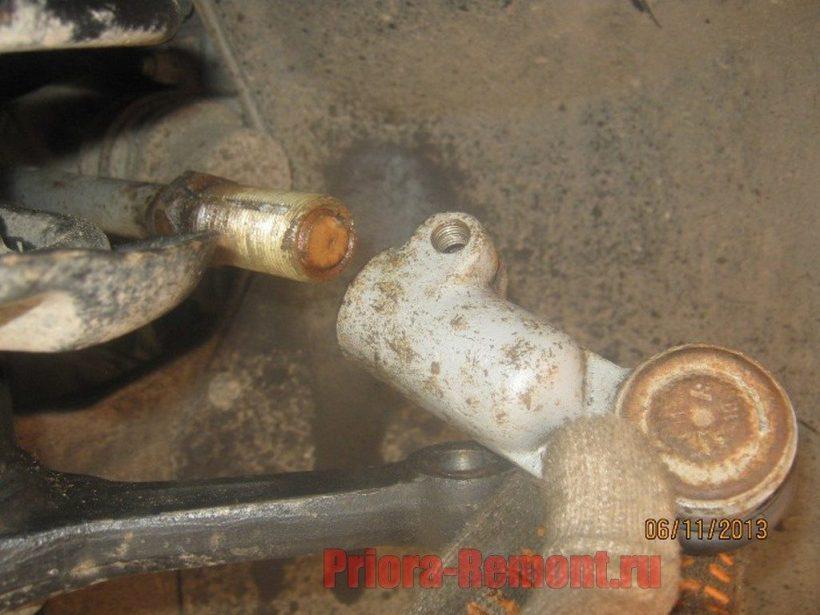 замена рулевых наконечников на Приоре