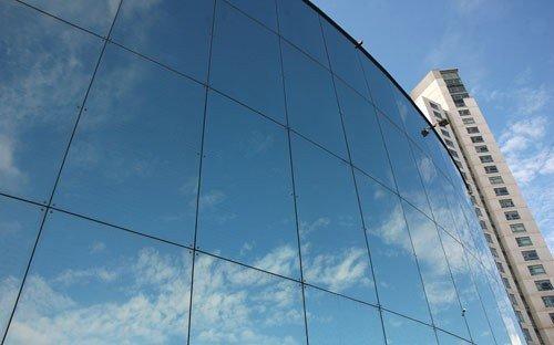 Рефлекторные фасадные стекла