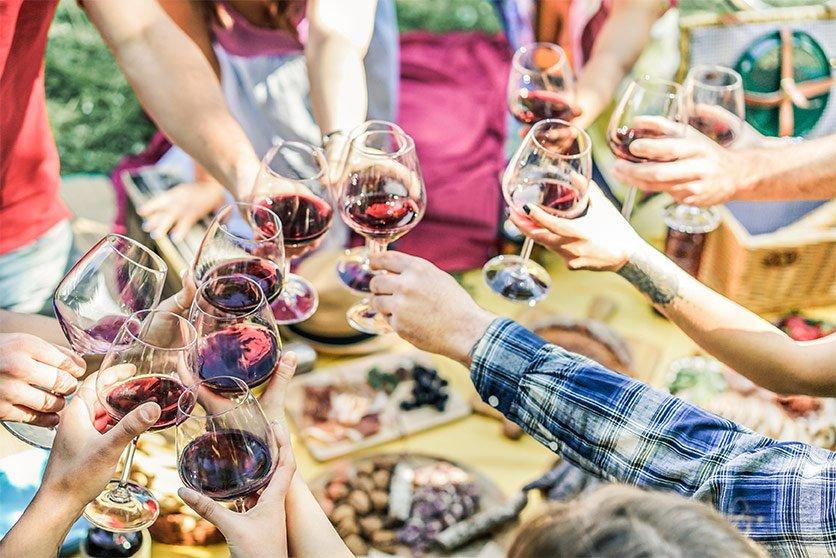 picnic friendly wineries napa