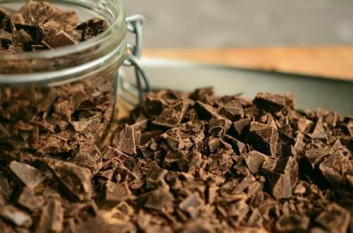 imagem com chocolate picado
