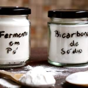 imagem fermento em pó e bicarbonato de sodio