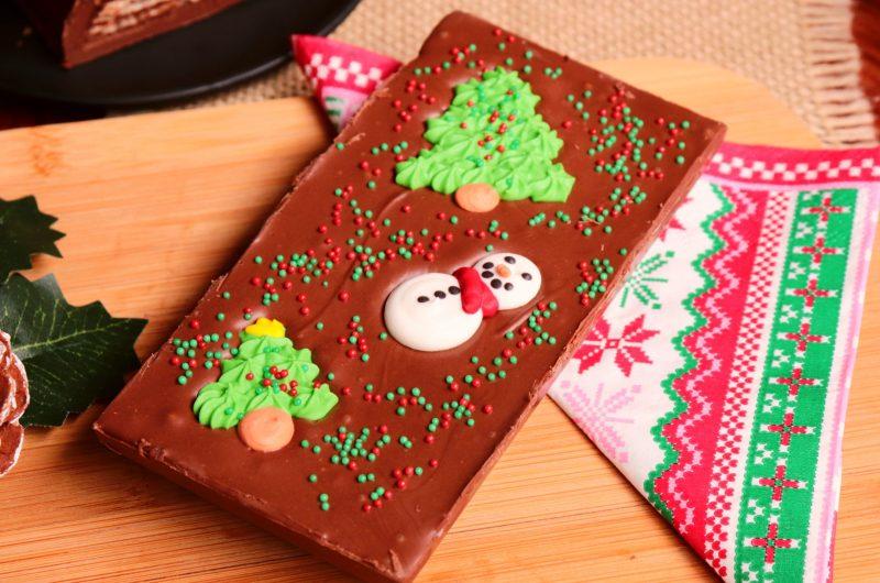 Barra de Chocolate Recheada e Decorada para o Natal