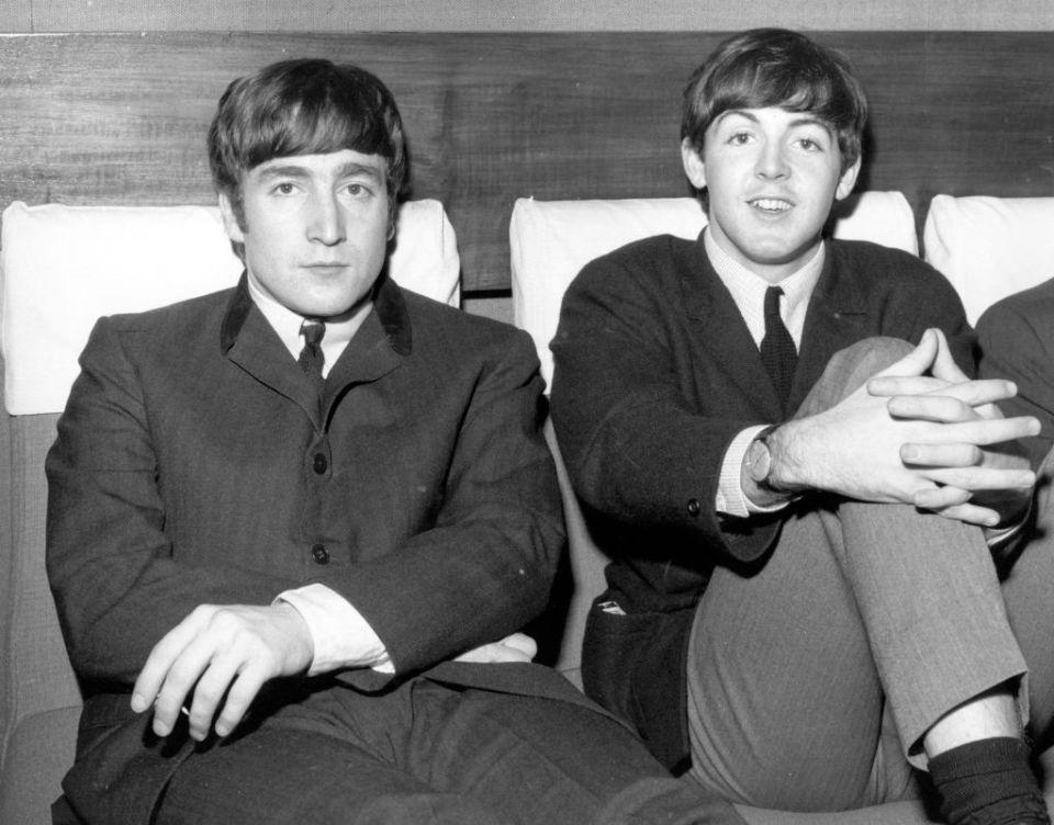 De principio al fin: La inusual relación de John Lennon y el número 9