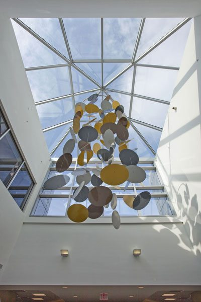 Linetec finishes Penn Family Medicine Center's pyramid skylight. Photo credit: William Lemke. Courtesy of Super Sky.