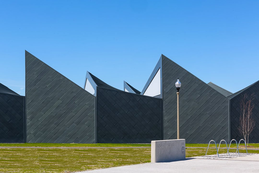 Contributing to the EXTECH system's weather-ability, durability, sustainability and low maintenance, Linetec painted the aluminum framing black using a 70 percent PVDF resin-based finish. Photo: William Zbaren Photography
