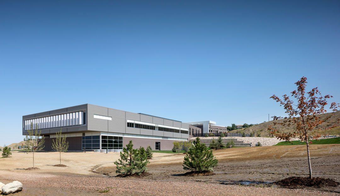 Pathways Innovation Center featuring EXTECH's LIGHTWALL 3440 dual wall system. Photo credit: Astula Inc.