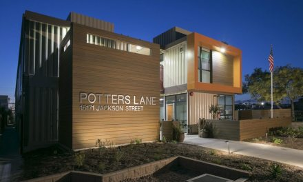 "AIA Orange County Awards SVA Architects ""2017 Merit"" for Potter's Lane"