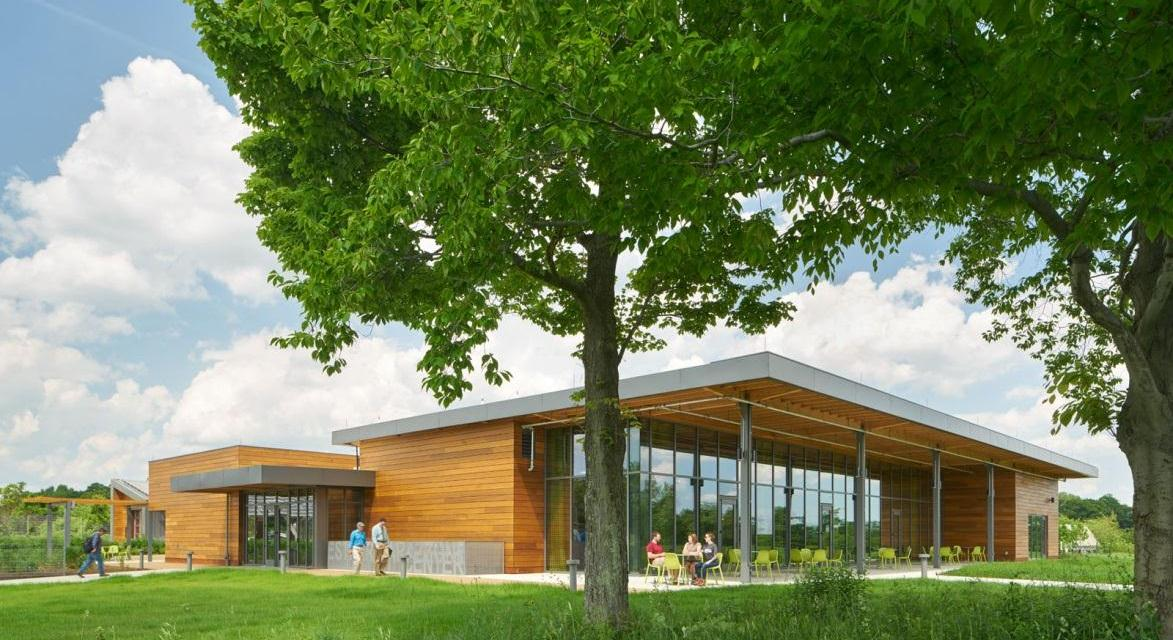 SOLARBAN 70XL glass performance contributes to AIA top-ten green building project