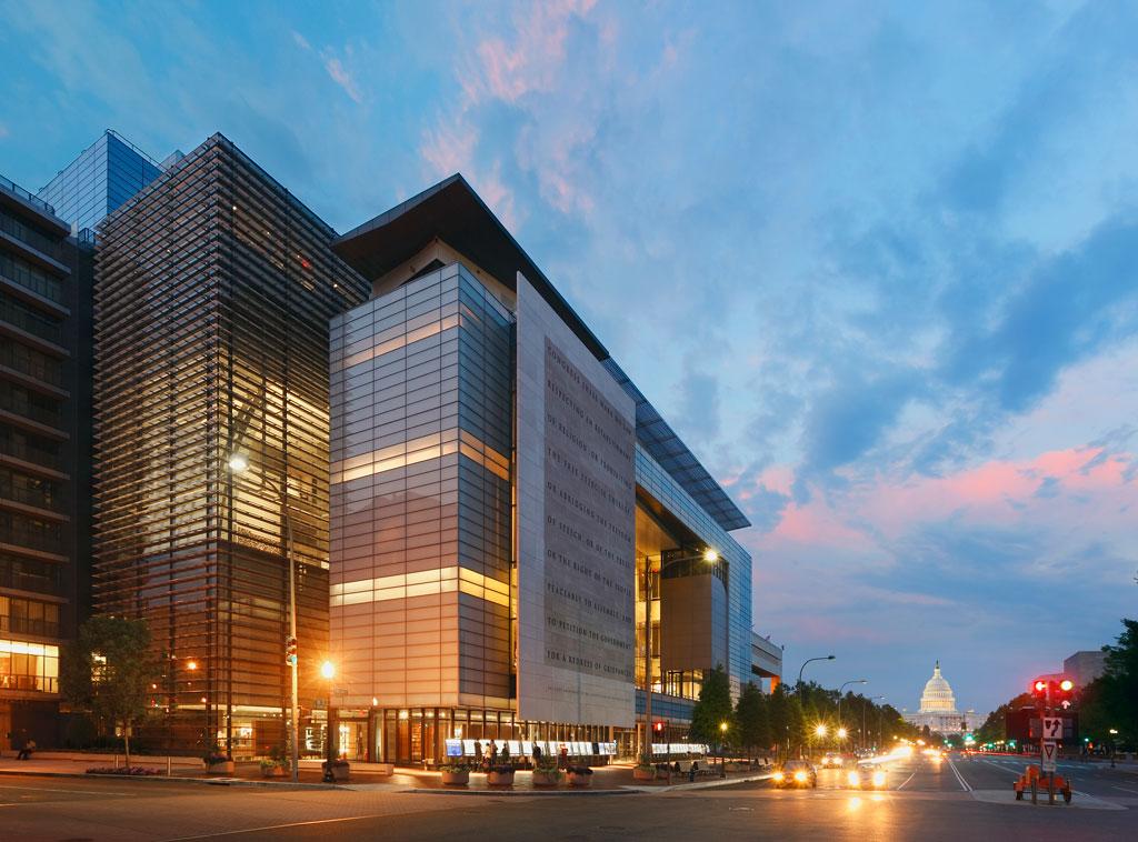 Newseum / Freedom Forum Foundation World Headquarters, Washington, D.C. Photo credit: © Jeff Goldberg/Esto