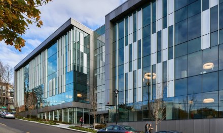 Seattle's Third & Harrison office building features Wausau's curtainwall and windows