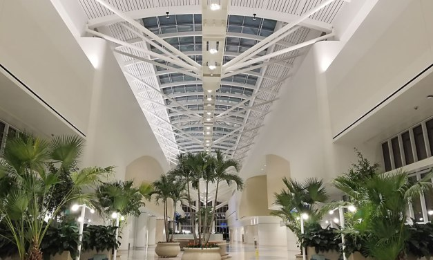 Orlando International Airport's South Intermodal Terminal Facility topped with Acurlite skylight, finished by Linetec