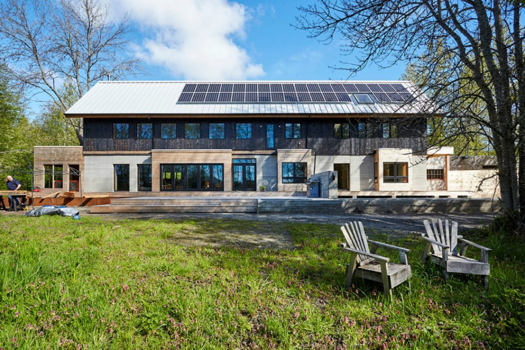 The use of Fluropon Pure in snowdrift white on the roof not only contributed to the building aesthetic, energy efficiency but the Living Building Challenges green building rating system. The metal roof panels and coating used on the home is certified under the Materials Petal.