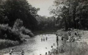 photo prisonniers de guerre en scéance de baignade Stalag IX B
