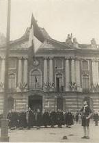 Chantiers de jeunesse. Photo 1941, Ceremonie de couleur, Toulouse, Capitole