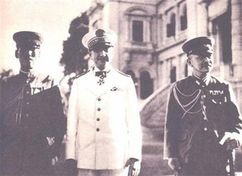 amiral delcoux avec les représentants japonais