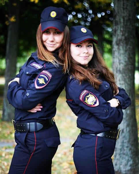 Красивые девушки в форме полиции - смотреть фото бесплатно