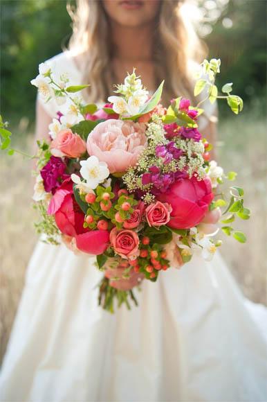Скачать картинки - девушка с цветами со спины, красивые ...
