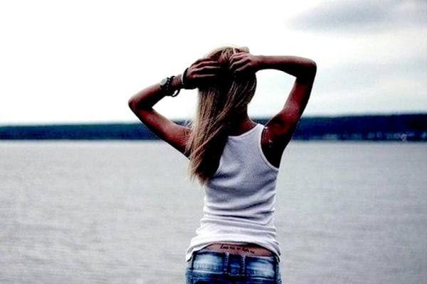 Крутые картинки для девушек на аву со спины