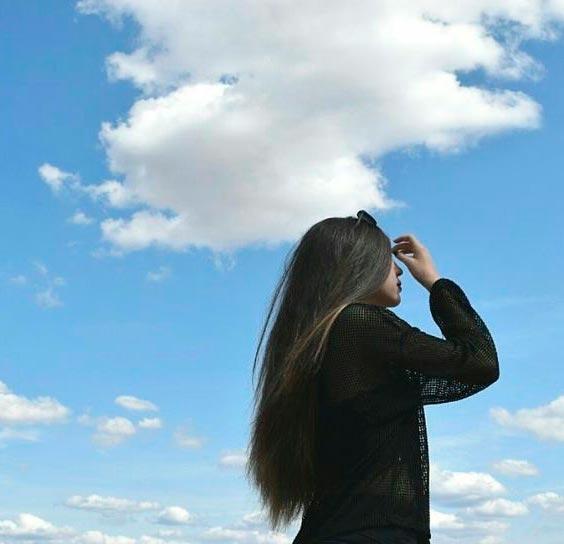 Фото красивых девушек на аву брюнеток со спины
