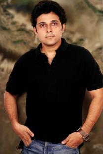 Pritish_Chakraborty_Director_Writer_Hindi_Feature_Film_Chal_Pichchur_Banate_Hain_2012_2a_JPG