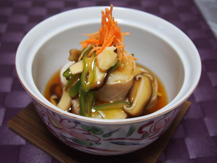 和食の料理学校。蒸す調理方法を勉強。