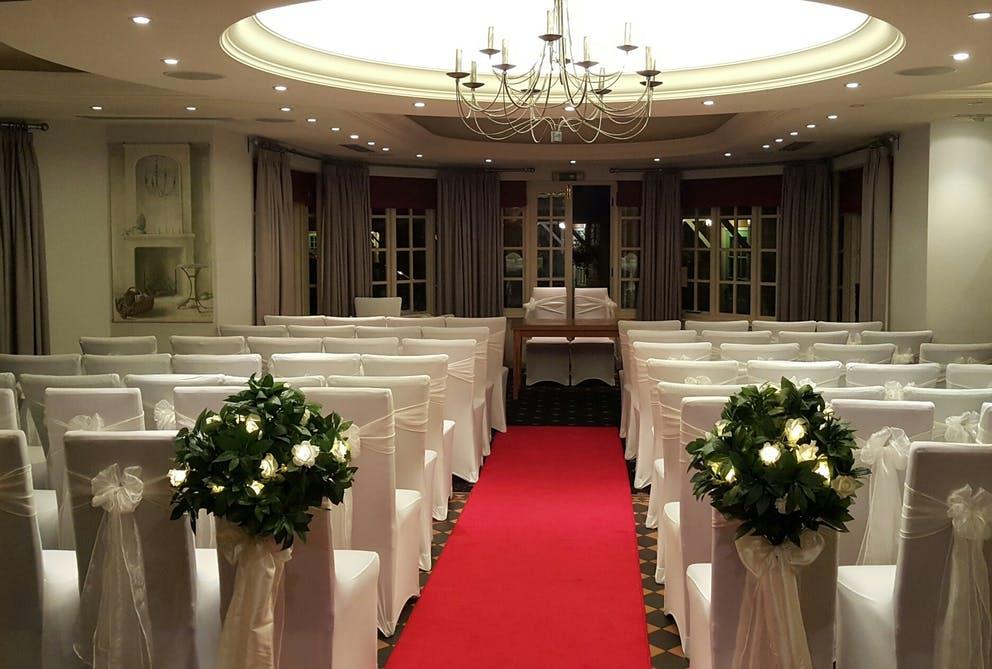 Queens Head - Wedding Venue - Nassington