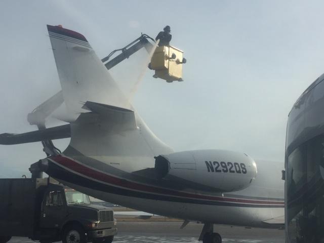 private jet deicing