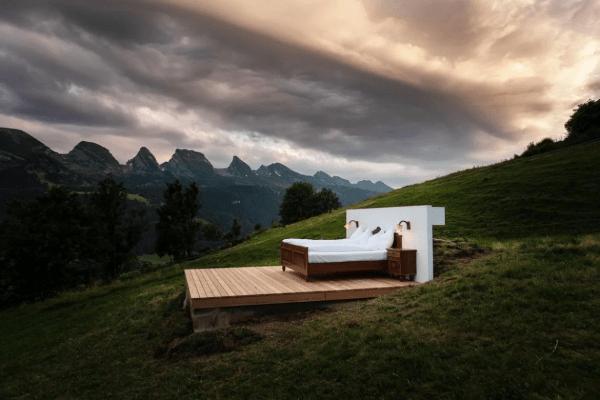 Social distancing in true Swiss style