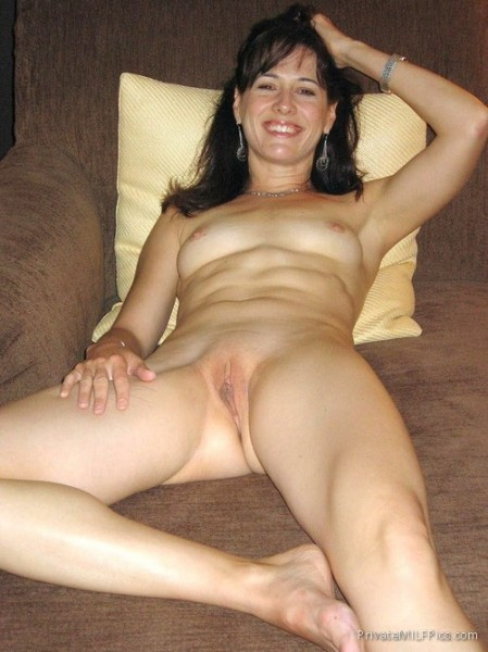 Hot Amateur Wife Completely Naked On The Sofa