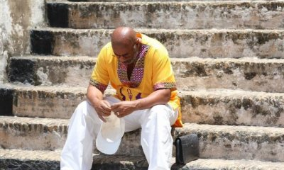 Steve harvey tours cape coast castle