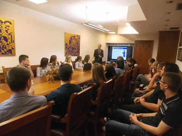Studenti Iz Mostara Posjetili Sarajevsku Berzu