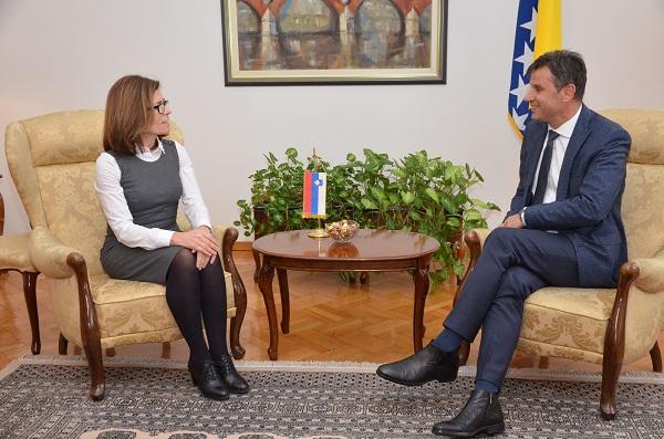 Premijer Novalić Primio Ambasadoricu Bukinac