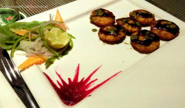 paneer tikkis with mint and jagery sauce