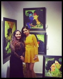 felicitatation-of-astrologer-priyanka-sawant-in-painting-exhibition-at-the-easel-art-gallery-juhu-5