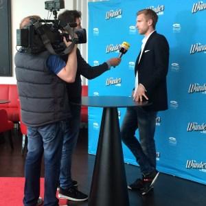 Per Mertesacker im Interview mit RTL Verena Bender PRleben
