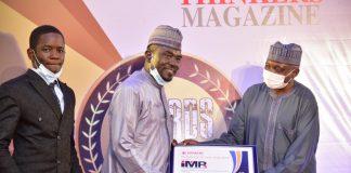 Yushau Shuaib of IMPR receives Thinkers award from Mallam Garba Shehu