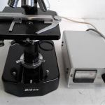 Nikon SKT 63315 Microscope with Zeiss 910112 Power supply – For parts or not working