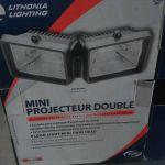 Lithonia Lighting 300Q  Mini Twinhead Floodlight – Open box