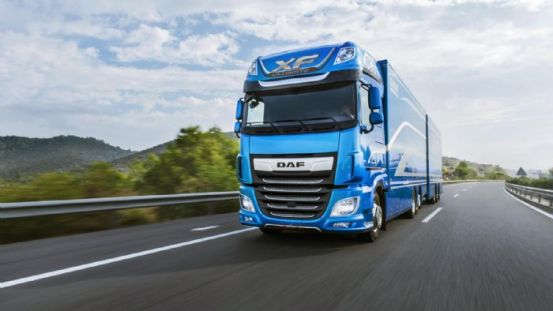 "Το ""Ultimate Package"" του DAF CF XF"