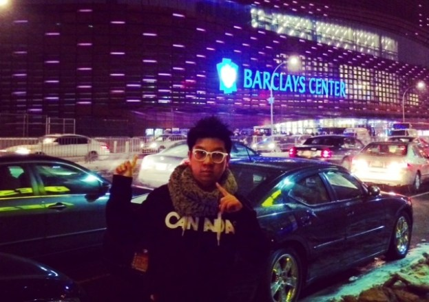 MoVernie photo outside the Barclays Center 2
