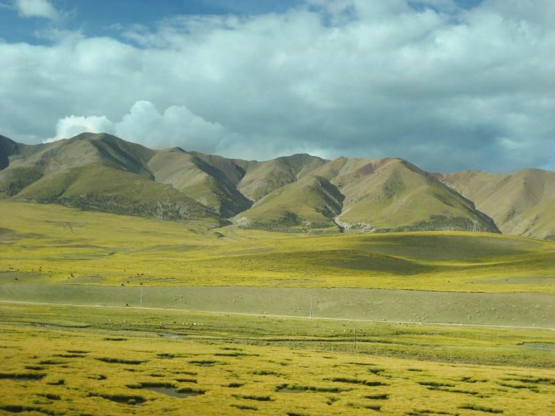 How to travel to Tibet - take the Beijing- Lhasa train