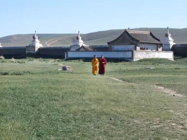 exploring Erdene Zuu monastery is on of the top things to do in Mongolia in 2 weeks