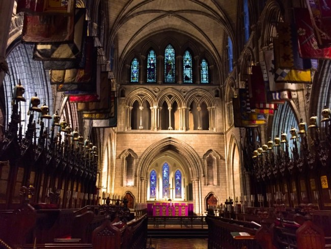 go to Dublin in December and visit Saint Patrick's Cathedrale