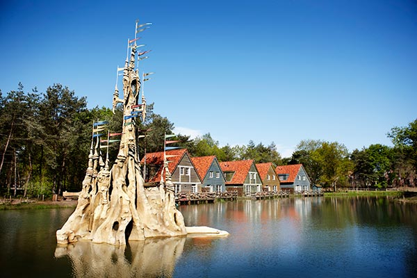 The Efteling Theme Park is the perfect family day trip in the Netherlands. Read my introduction guide on the most enchanted European amusement park the Efteling