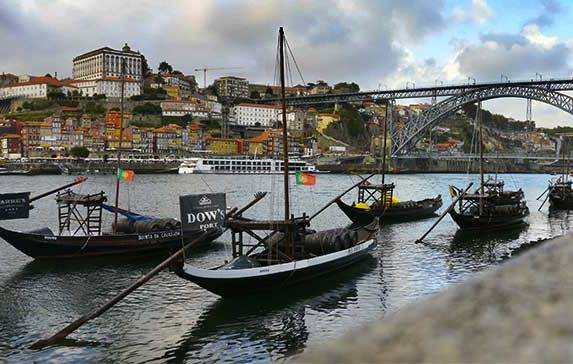 7 Fun Things To Do in Porto When It Rains
