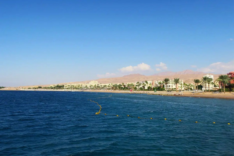 A holiday in Aqaba is the perfect base for your travel in Jordan. Read my 11 perfect excuses why YOU need an Aqaba holiday and explore lovely Jordan.