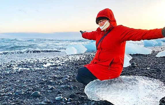 Plus-Sized Women's Iceland Winter Packing List