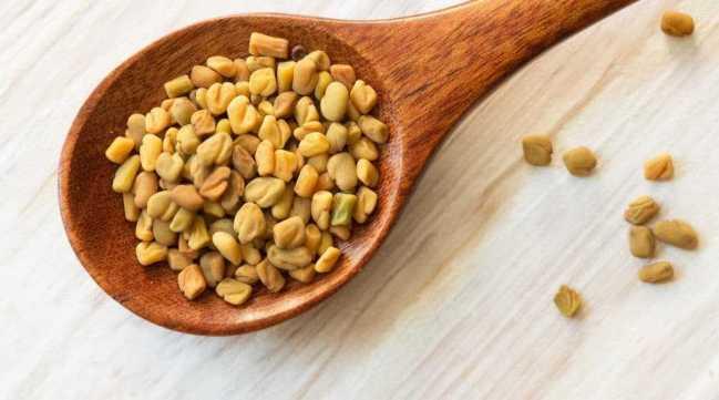 Семена пажитника - маска против угрей