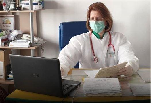 44 074 persoane din sistemul sanitar primesc stimulentul de risc aferent lunii aprilie