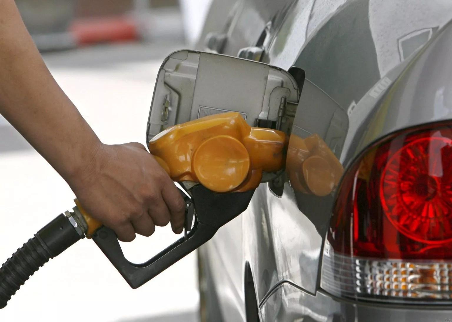 Los combustibles siguen bajando de precios, van cuatro semanas consecutivas